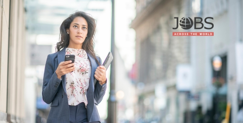 JobsAWorld: Canadian Woman